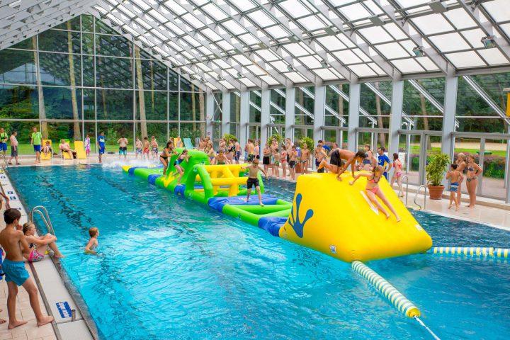 31051 AquaTrack 001 Pool Booms Web